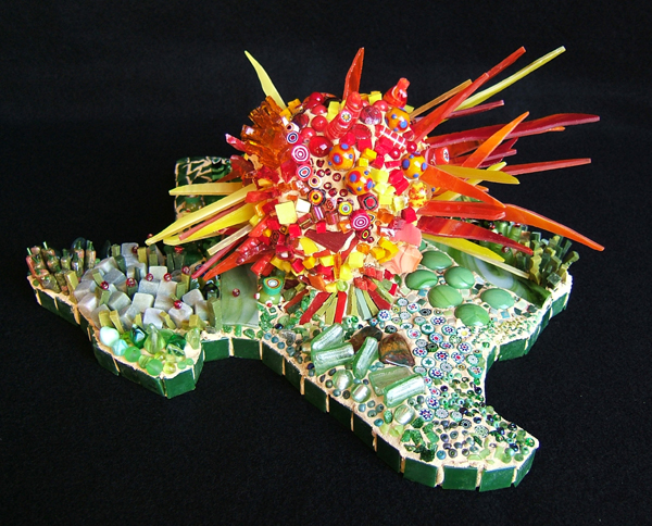 mosaic sculpture of Texas and the sun by Lynn Bridge