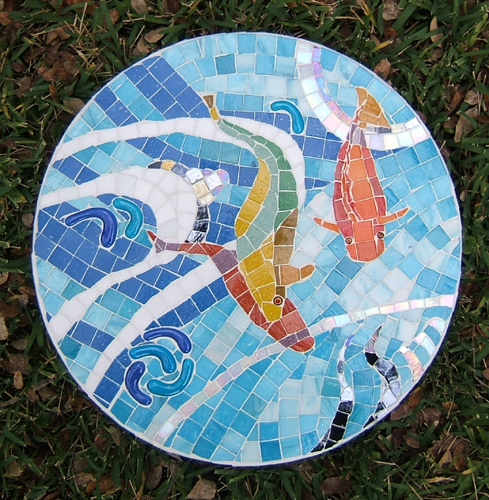 mosaic stepping stone with water and three fish by Lynn Bridge