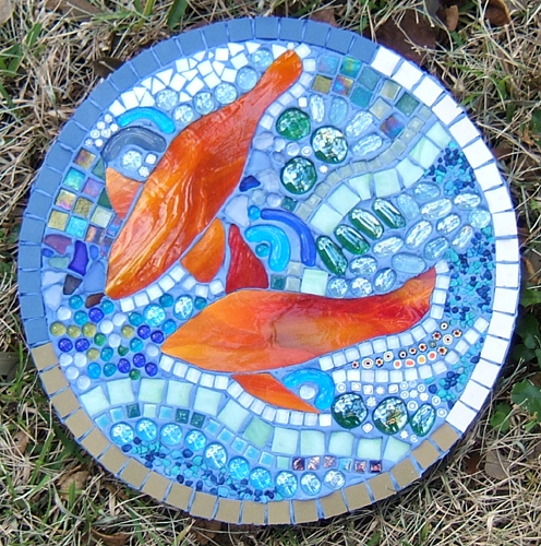 mosaic stepping stone with fish and water by Lynn Bridge